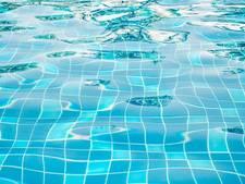 Huisarts Sint-Maartensdijk wil geen cadeaus, maar geld voor zwembad