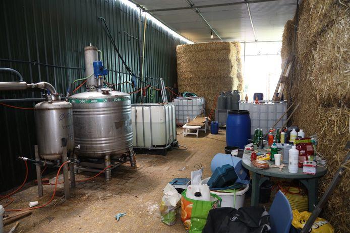 Vorig jaar werd een drugslab gevonden in een stal in Vorstenbosch. Naast agrarische bedrijven worden ook maneges en campings in de pilot meegenomen.