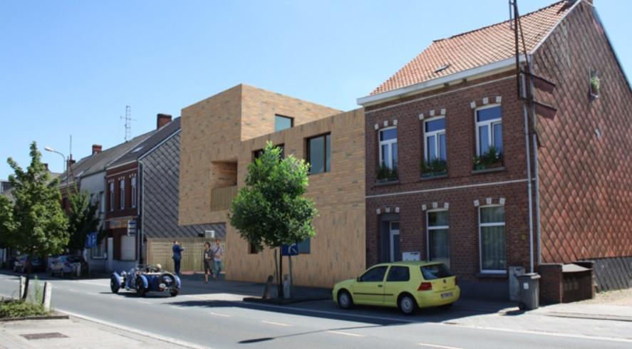 Het woonproject ligt tussen de Kerkbossenstraat en de N15