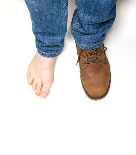 Nepbankmedewerker verliest schoen bij vlucht via badkamerraam in Edam