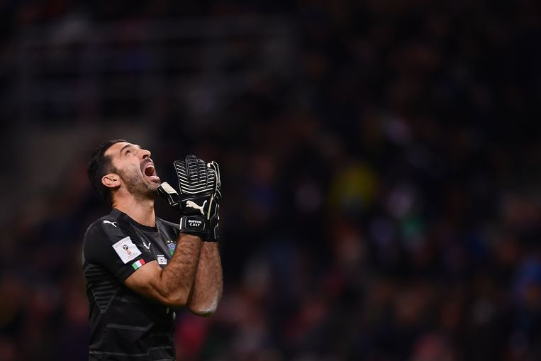 Arme Gigi Buffon.