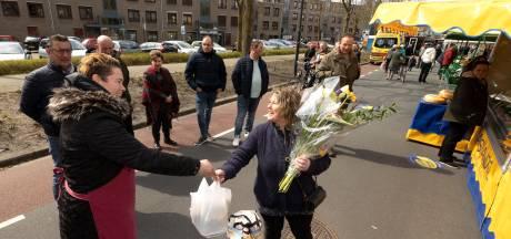 Levensmiddelen in Geldrop voor non-food marktkraamhouders in geldnood: 'Mijn spaarpot is leeg.'