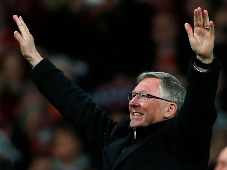 Manchester United's manager Alex Ferguson celebrates after his team clinched the English Premier League soccer title with a win against Aston Villa at Old Trafford in Manchester. northern England, in this April 22, 2013 file photo. Ferguson will retire at the end of the season after more than 26 years in charge, bringing to a close the most glittering managerial career in British soccer. REUTERS/Phil Noble/Files (BRITAIN - Tags: SPORT SOCCER) FOR EDITORIAL USE ONLY. NOT FOR SALE FOR MARKETING OR ADVERTISING CAMPAIGNS. NO USE WITH UNAUTHORIZED AUDIO, VIDEO, DATA, FIXTURE LISTS, CLUB/LEAGUE LOGOS OR