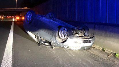Twee gewonden bij spectaculair ongeval op E40