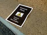 FNV en chroom 6-slachtoffers delen pamfletten uit aan raadsleden Tilburg