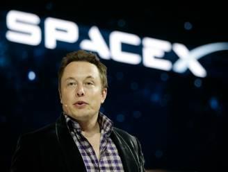 Elon Musk van raketbouwer SpaceX wil zelf ruimtetripje maken
