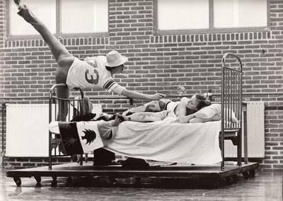 60-jaar-nederlands-dans--waterval-van-schoonheid-in-boek-en-expositie
