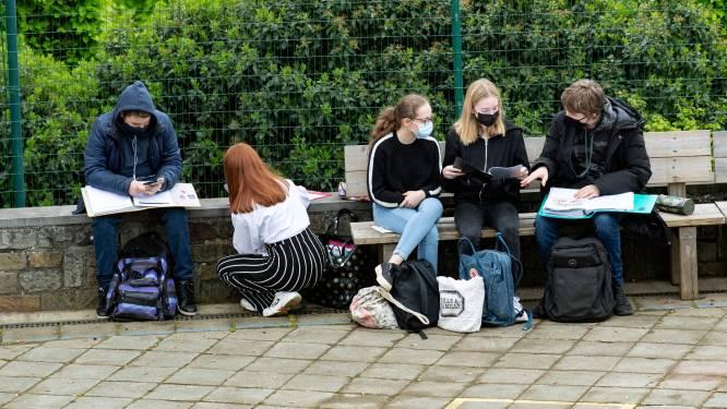 Nieuw schooljaar met nieuwe eindtermen, laptop voor leerlingen en taaltest voor kleuters