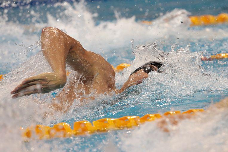 Pieter Timmers in actie op de 200 meter, tijdens het WK 2016 in Singapore. Hij viel toen naast de medailles. Beeld EPA