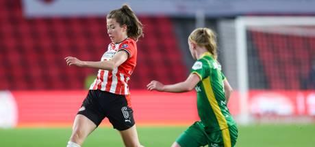 PSV neemt afscheid van Nurija van Schoonhoven