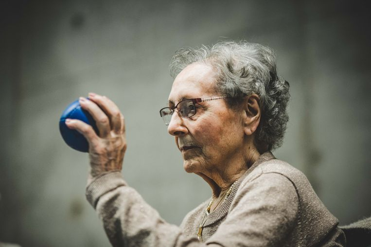 Juliana Bral (96) in actie