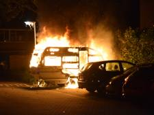 Caravan in lichterlaaie in Doetinchem