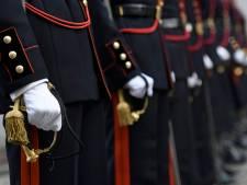 Ligoté, sous les tirs d'avions de chasse: un militaire français dénonce son bizutage