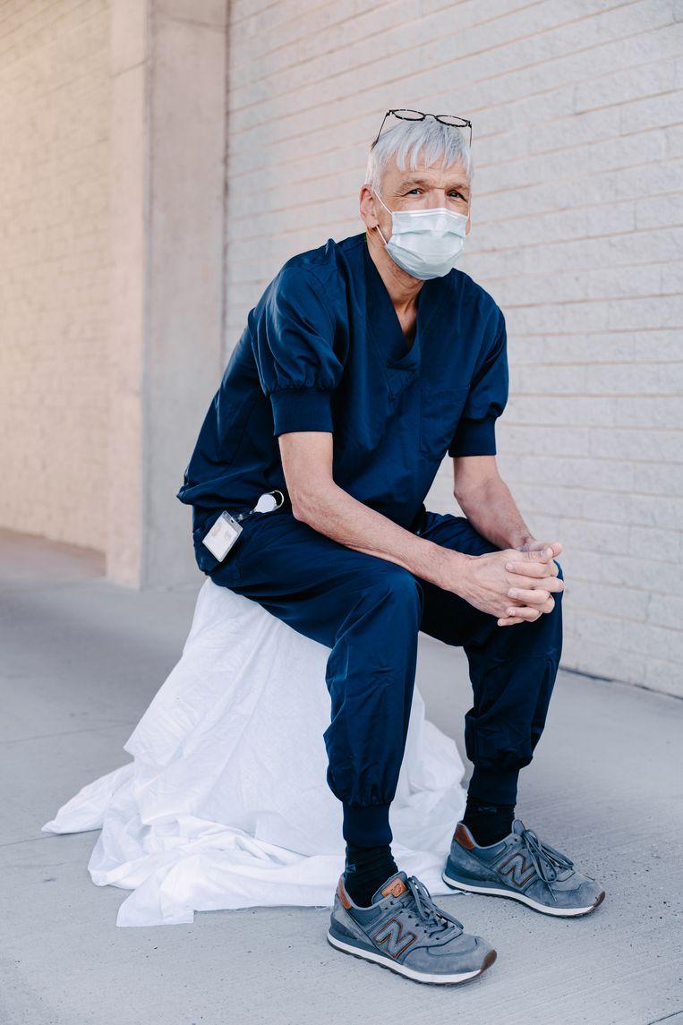 Dokter Vanmaele, pneumoloog in het AZ Zeno Knokke. Beeld Damon De Backer
