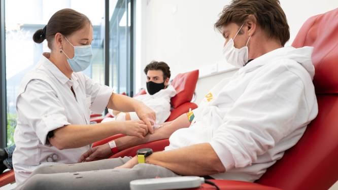 """Koen Wauters en Joris Brys dienen zich aan als plasmadonor: """"Kleine moeite in strijd tegen smerig beest"""""""