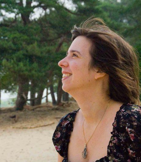 Vera (36) vroeg geld aan vrienden en bekenden om haar eigen bedrijf te starten