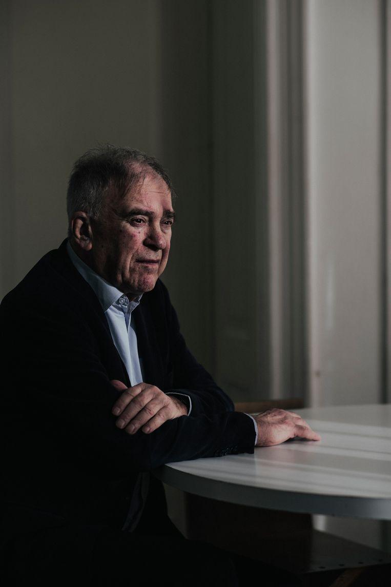 K. Schippers, pseudoniem van Gerard Stigter. 'Het gaat op zichzelf wel goed, behalve dat ik kanker heb.' Beeld Marc Driessen