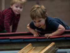 Peuters en kleuters ontwikkelen spelend hun motoriek bij Vlissingse Turn Vereniging