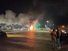 Politici spreken afschuw uit over rellen Urk: 'Onacceptabel'