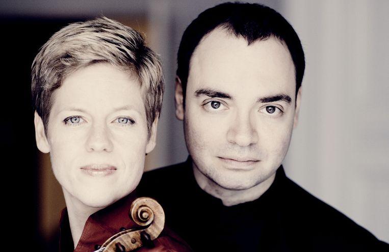 Alexander Melnikov en violiste Isabelle Faust. Beeld Marco Borggreve