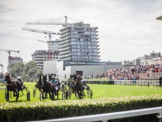 """REPORTAGE. Oostende Koerse is back on track: """"Samen gokken op paarden is écht spannend!"""""""