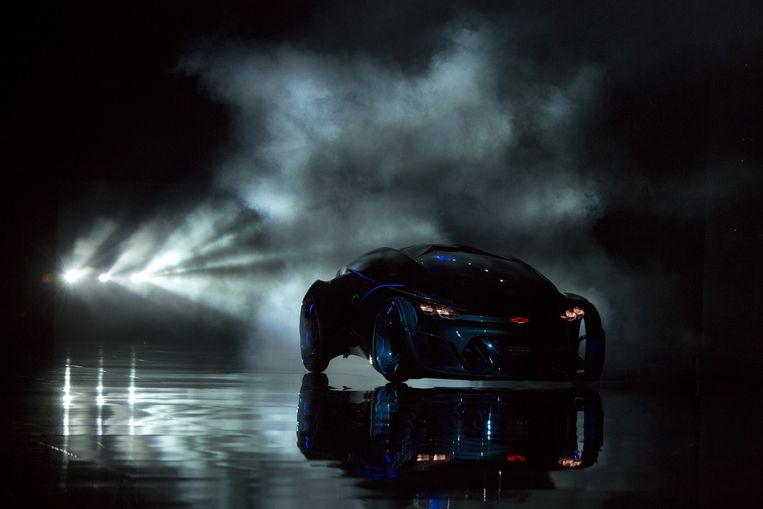 General Motors' concept van een elektrische zelfrijdende auto onder het Chevrolet-merk, voorgesteld voor het autosalon van Shanghai. Beeld AP