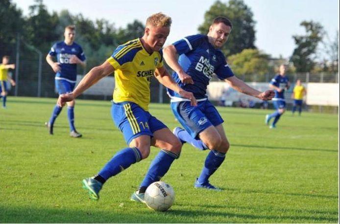 Jari Hellegers aan de bal in zijn tijd bij SpVgg Vreden.