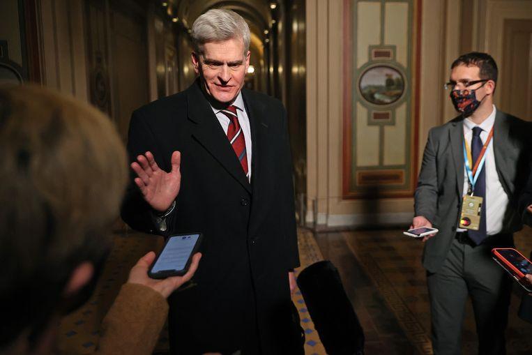 De Republikeinse senator Bill Cassidy schaarde zich bij vijf partijgenoten die voor de voortzetting van het impeachmentproces stemden. Beeld EPA