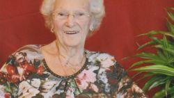 """Stephanie (96) overleefde 75 jaar geleden bominslag op Cinema Rex: """"Ik hoor de schreeuwende en huilende mensen nog altijd"""""""