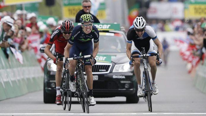 Rui Alberto Costa (midden) wint de sprint, voor Bauke Mollema (rechts) en de Amerikaan Tejay Van Garderen.
