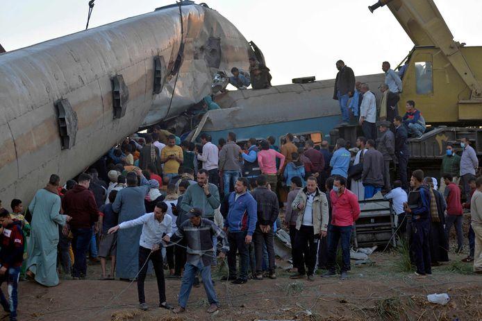 Drie weken geleden kwamen ook al zeker 18 mensen om het leven bij een botsing tussen twee passagierstreinen in de Egyptische provincie Sohag.