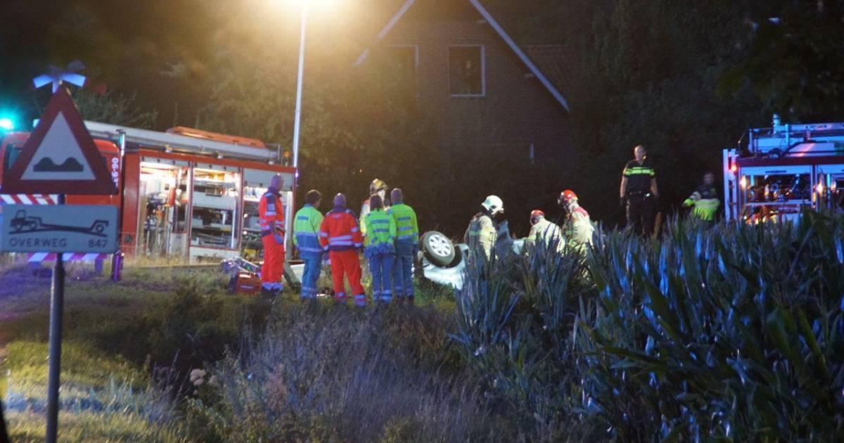 Automobiliste overleden bij ongeval op onbewaakte spoorwegovergang.