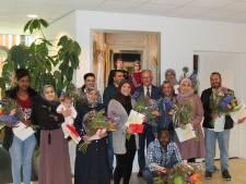 Dertien nieuwkomers mogen definitief in gemeente Raalte blijven