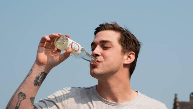"""""""Gezonder dan bier en wijn en nog lekker ook"""": Brugse bartender wil met alcoholisch bruiswater Benelux veroveren"""