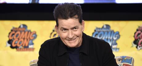 Charlie Sheen nog altijd rouwig over ontslag Two and a Half Men