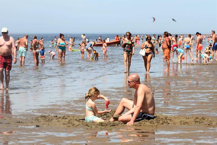 Rockanje ligt aan zee, maar, zo stellen de drie gemeenten, Brielle en Hellevoetsluis niet.
