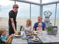 Our Seaside serveert een verrukkelijke visburger