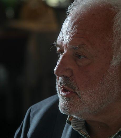 Jean-Marie Dedecker, bourgmestre de Middelkerke, défie le gouvernement en autorisant  les terrasses
