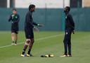 Eboue Kouassi (rechts), hier met Dedryck Boyata op training bij Celtic.