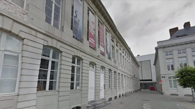 Un acteur grièvement blessé lors d'une représentation au Théâtre des Martyrs à Bruxelles