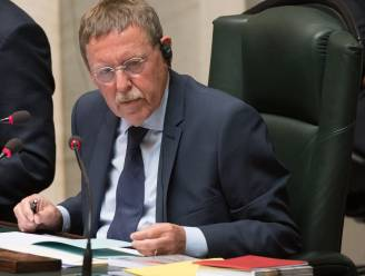Parlement weigert alcohol in koffiekamer te schrappen