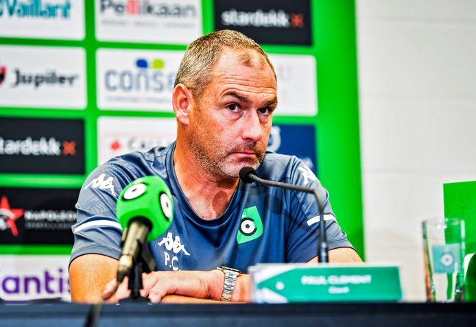 """""""In Anderlecht zijn we vooral fysiek ten onder gegaan, dat hebben ook de wedstrijddata duidelijk aangetoond. Ik verwacht tegen STVV een reactie van mijn groep"""", geeft Paul Clement aan."""