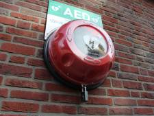 Geld voor AED's, ontmoetingsplek en Outdoor Fitness Park in Steenwijk