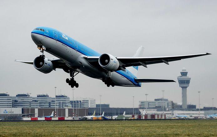 Op 28 maart kwamen twee vliegtuigen gevaarlijk dicht bij elkaar.