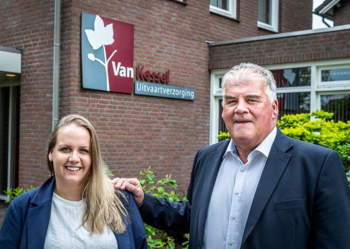 Maartje van Kessel gaat de Gemertse vestiging van het uitvaartbedrijf van haar vader Theo leiden.