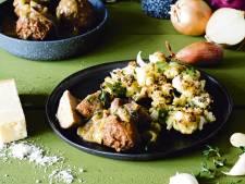 Wat Eten We Vandaag: Geroosterde bloemkool met gehaktballen in uienjus