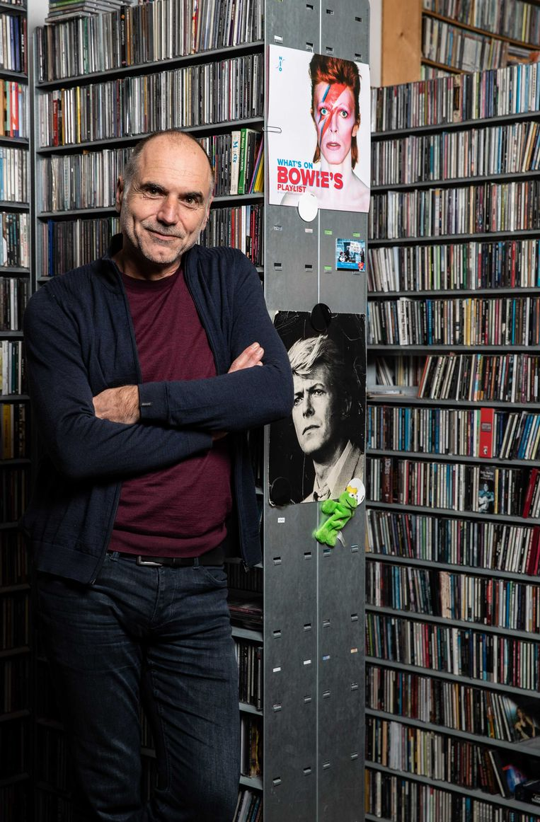 Popkenner Leo Blokhuis, die nu een boek schreef over Berlijn: 'België en Nederland omarmden na de oorlog de Amerikaanse, Engelstalige rock-'n-roll. Duitse kunstenaars maakten toen andere keuzes.' Beeld ANP