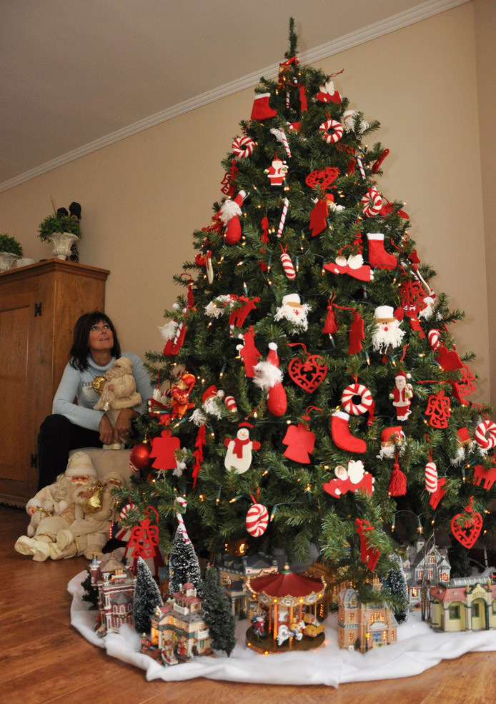Kerstbomen nu al voor de helft van de prijs bij intratuin for Intratuin wijchen