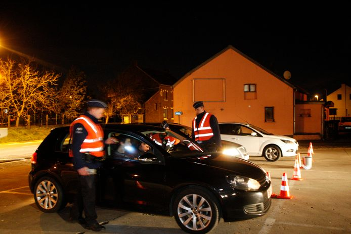 Politie controleerde de bestuurder op de Wezelbaan.