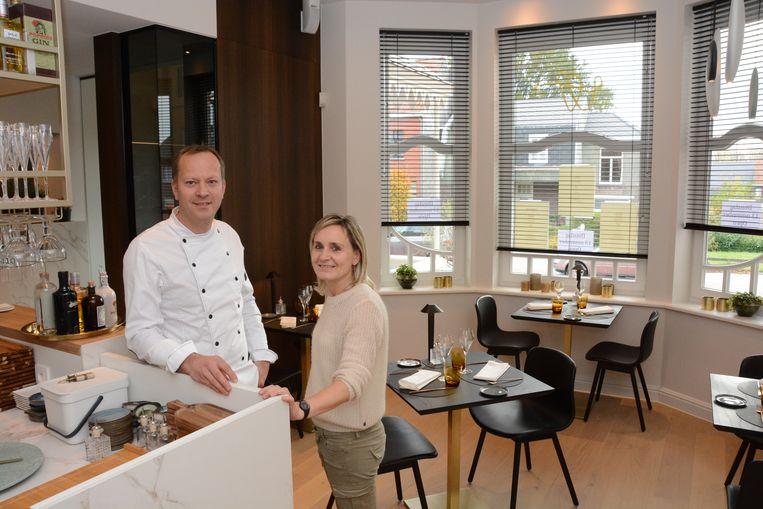 Wim en Ilse bouwden hun eigen huiskamer om tot kleinschalig restaurant.